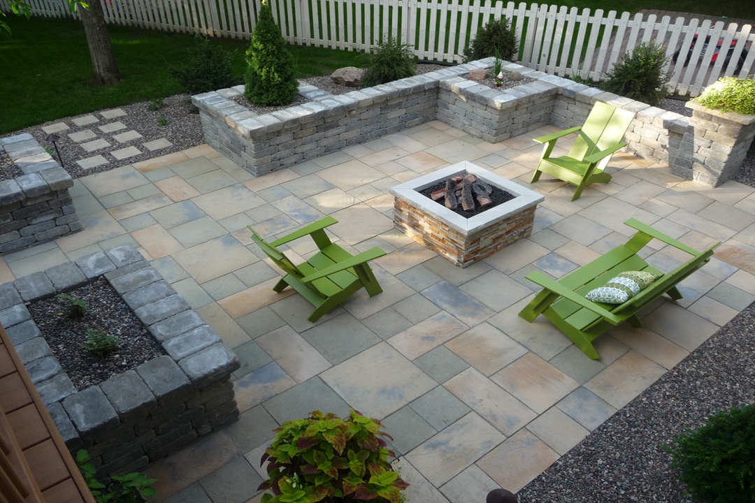 Silver Creek Patio With Firepit And Planter Walls   RockSolidLandscape.com    Rochester MN